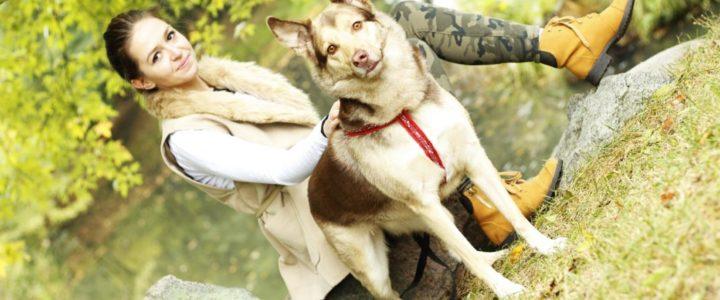 Stylizacja na jesienny spacer z psem